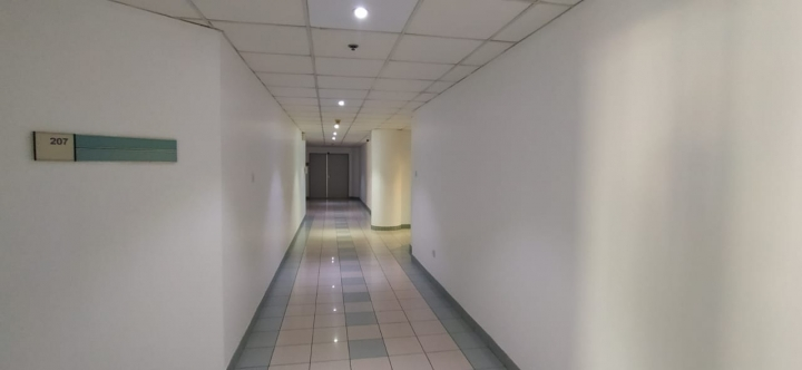 Chiller Free | Fitted office space near to metro | with Free parking3